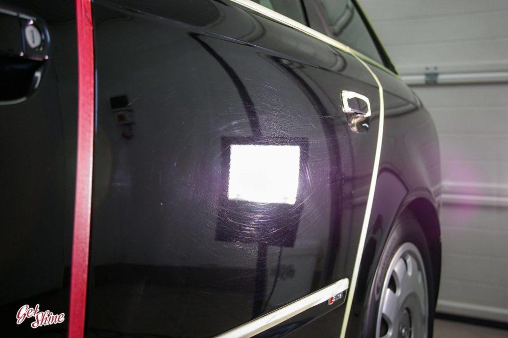 Drzwi Audi przed polerowaniem