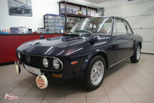 Lancia Fulvia Coupe  – korekta lakieru, aplikacja wosku Swissvax Concorso